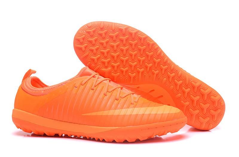 chaussures foot salle nike mercurial